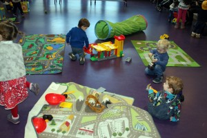 Baby-and-Toddler-Christmas-Party-The-Park-Community-Centre-www.theparkcommunitycentre.com-IMG 1736