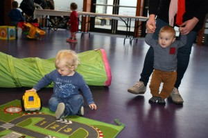 Baby-and-Toddler-Christmas-Party-The-Park-Community-Centre-www.theparkcommunitycentre.com-IMG 1744