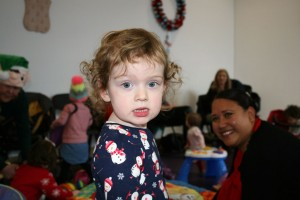 Baby-and-Toddler-Christmas-Party-The-Park-Community-Centre-www.theparkcommunitycentre.com-IMG 1749