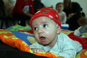 Baby-and-Toddler-Christmas-Party-The-Park-Community-Centre-www.theparkcommunitycentre.com-IMG 1753