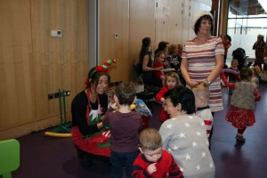 Baby-and-Toddler-Christmas-Party-The-Park-Community-Centre-www.theparkcommunitycentre.com-IMG 1758